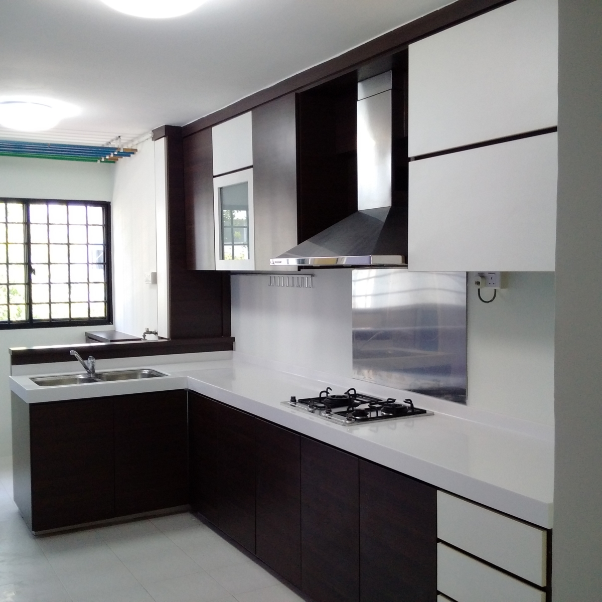 HDB Renovation at Yishun St 11 by Brilliance -kitchen